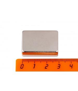 Неодимовый магнит 30х20х10 мм прямоугольник